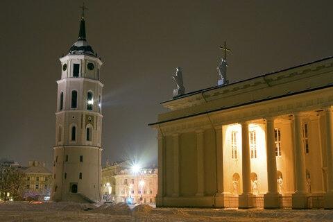 Kathedrale und Belfry-Kontrollturm in Vilnius, Litauen