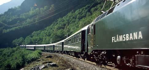 Die unglaubliche Zugreise zwischen Hochgebirge und Fjord