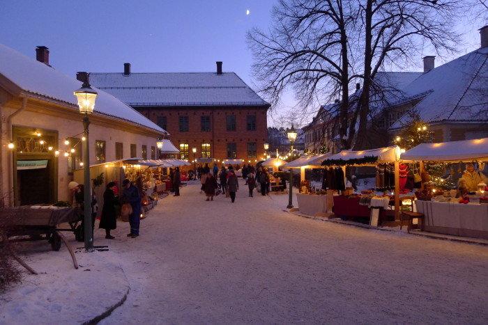 Weihnachtsmarkt im Norwegischen Volksmuseum