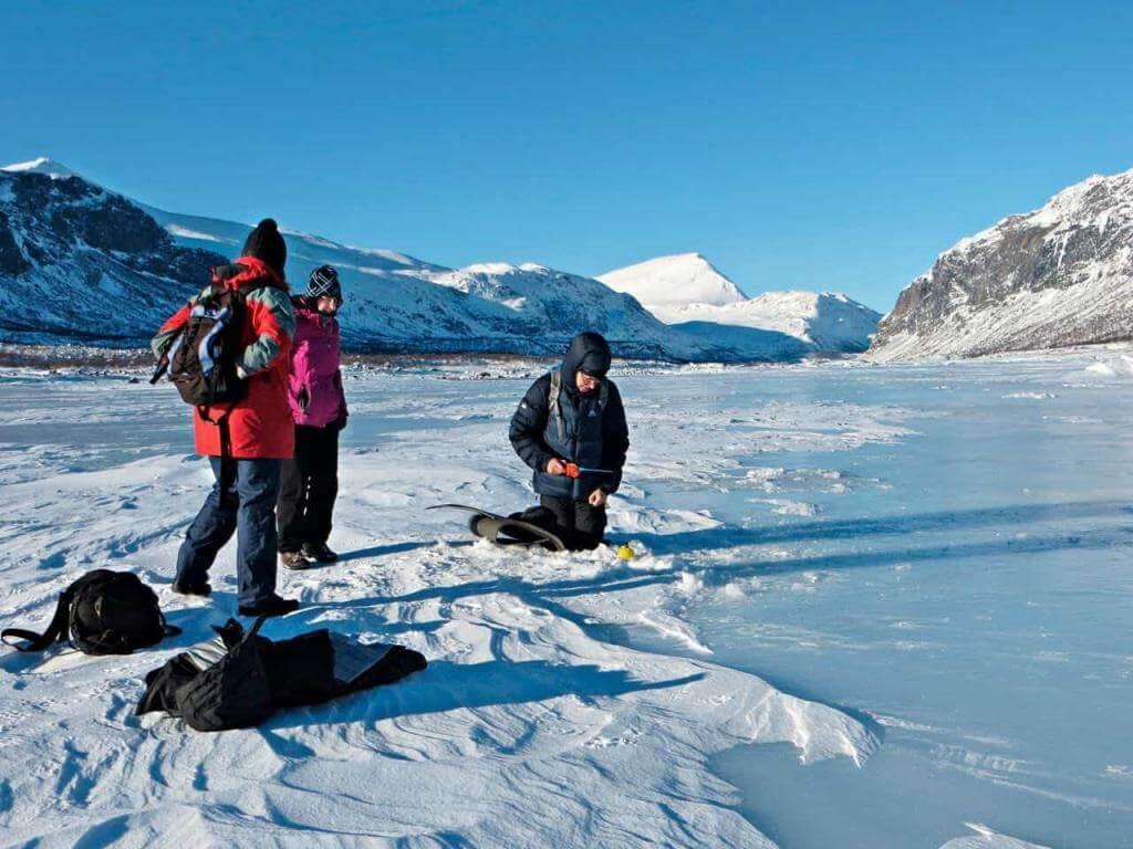 Eisangeln in Lappland